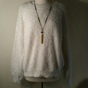 NWT 14th & Union eyelash sweater with tie back L